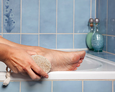 7 Steps for Ridding Yourself of Dry Feet